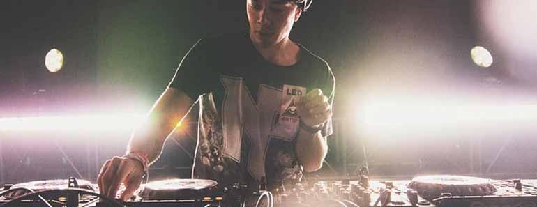 Photo of Dutch DJ Willem Rebergen (aka Headhunterz)