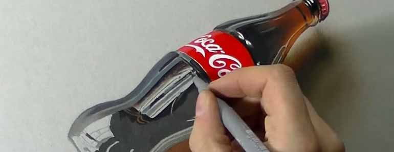 Photo of Marcello Barenghi drawing a life-like Coca-Cola bottle.